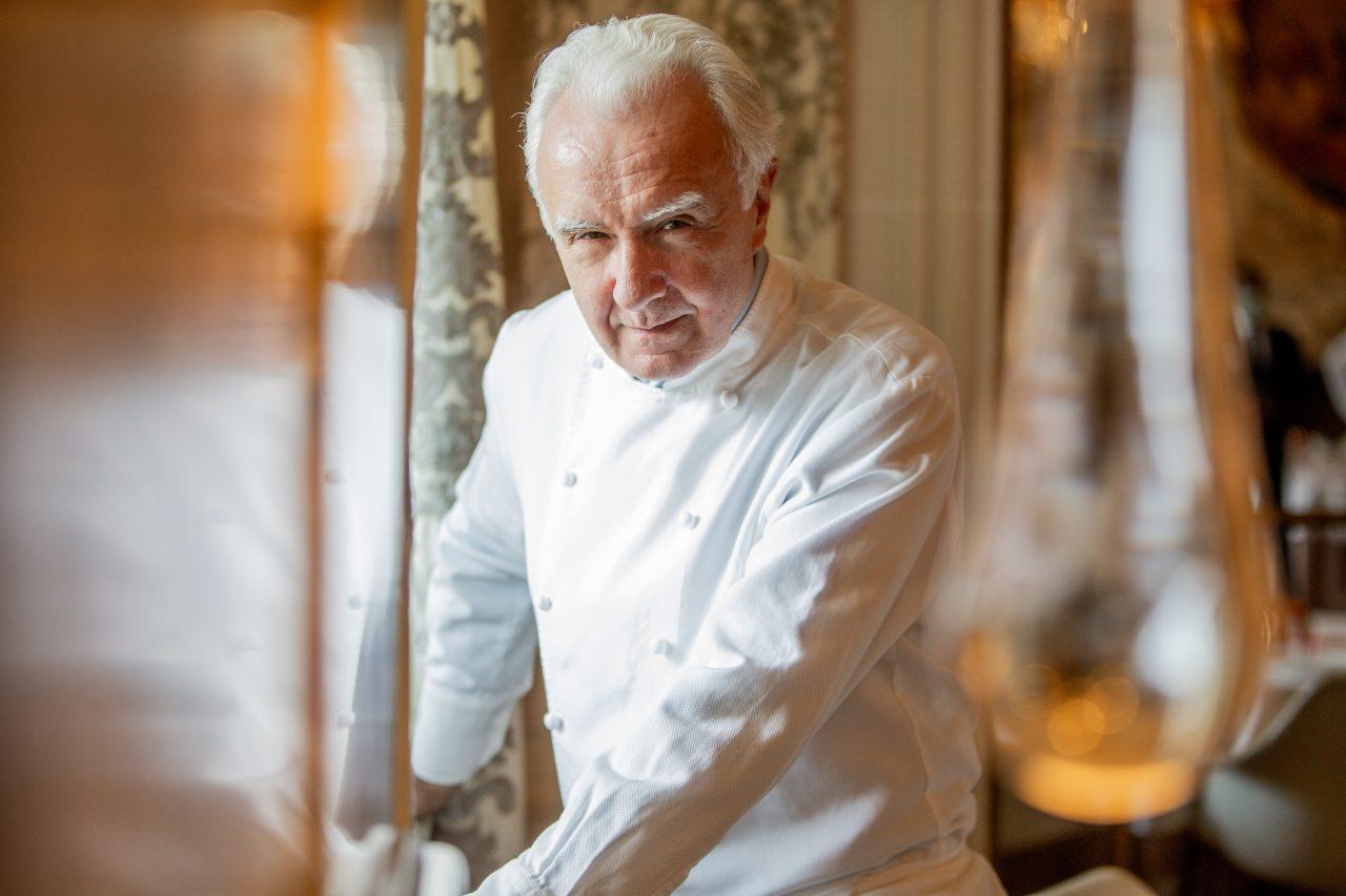 """Alain Ducasse: """"Las chefs tienen más sensibilidad que los cocineros hombres"""""""