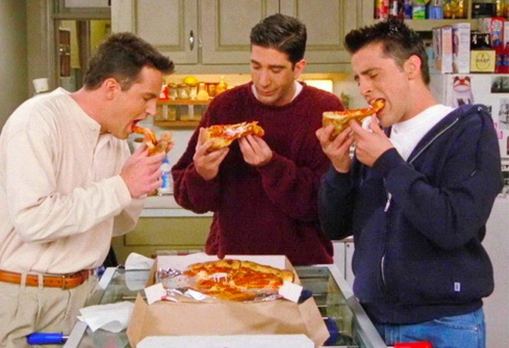 Día de la pizza - serie Friends