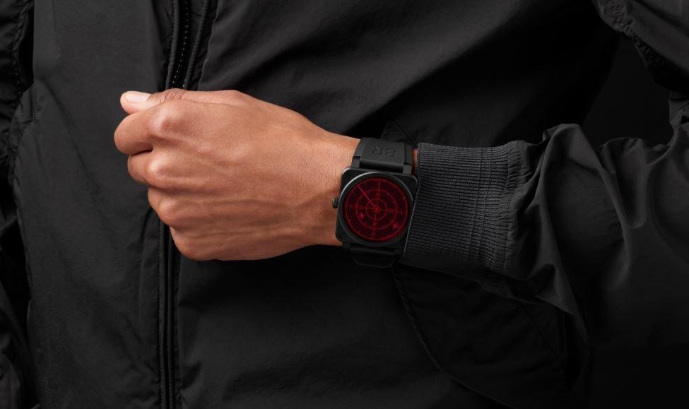 Modelo del BR 03-92 Red Radar Ceramic, el nuevo reloj de la marca Bell & Ross