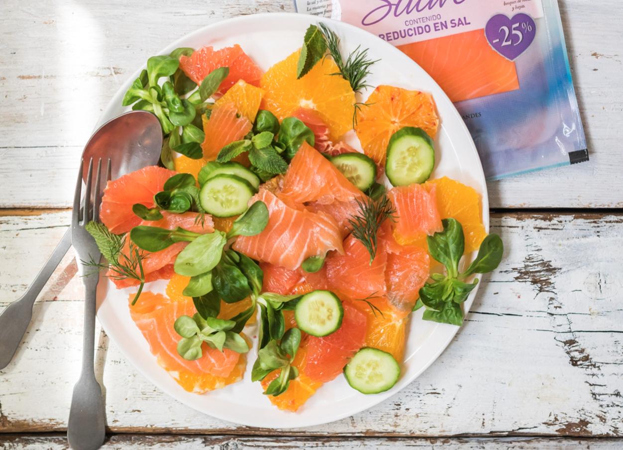 Receta: Ensalada con salmón ahumado y cítricos