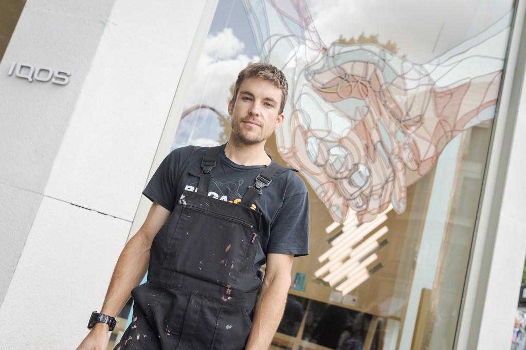El artista urbano Taquen.